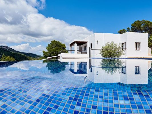 The infinity Pool photo - Casa Kiva: 6 bedroom child friendly luxury villa with infinity pool in Es Cubells, Ibiza