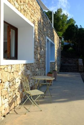 Side view photo - Casa Kiva: 6 bedroom child friendly luxury villa with infinity pool in Es Cubells, Ibiza