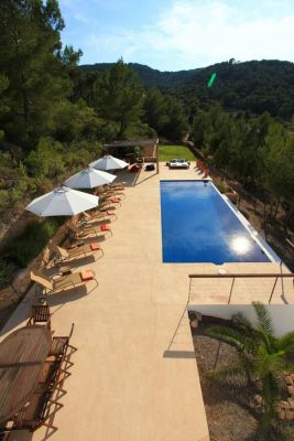 Infinity pool photo - Casa Kiva: 6 bedroom child friendly luxury villa with infinity pool in Es Cubells, Ibiza