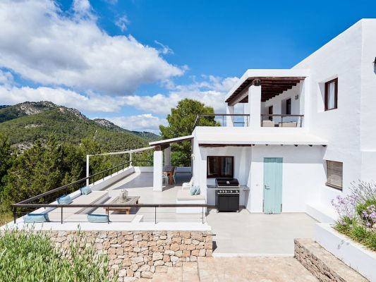 Outside space photo - Casa Kiva: 6 bedroom child friendly luxury villa with infinity pool in Es Cubells, Ibiza