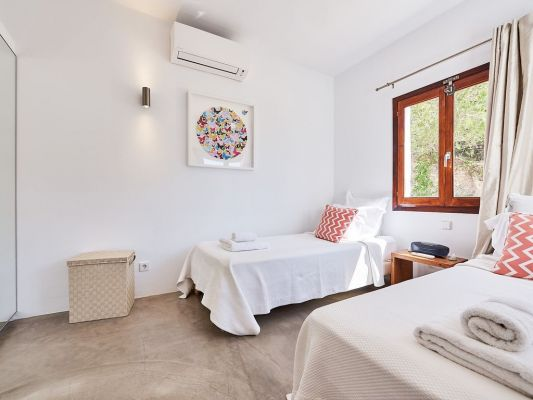 Twin bedroom photo - Casa Kiva: 6 bedroom child friendly luxury villa with infinity pool in Es Cubells, Ibiza